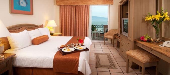 Golden Crown Paradise OV Room